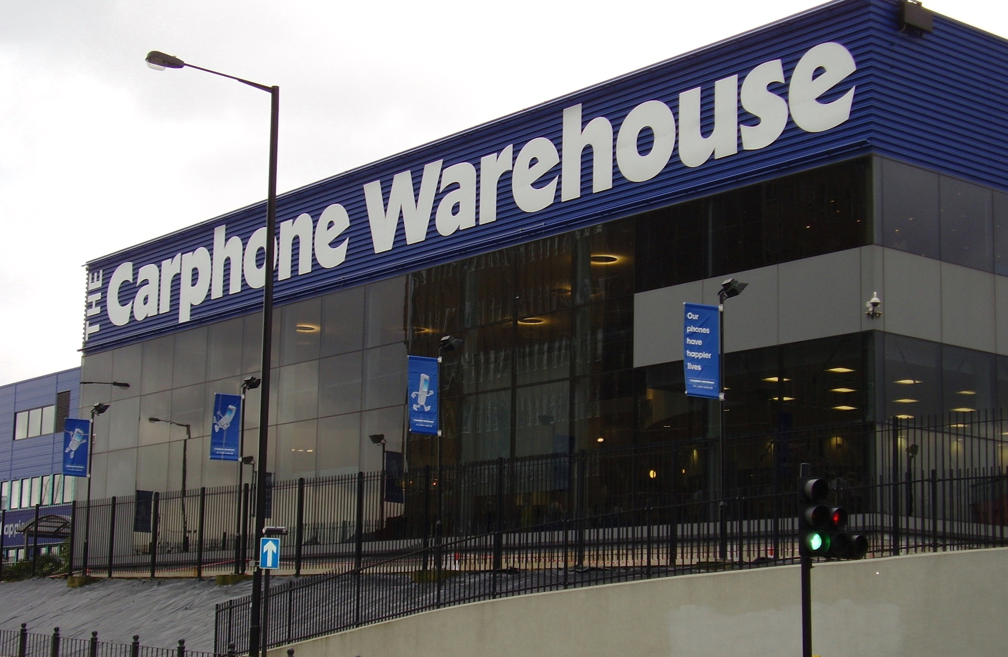 Carphone Warehouse ad banned after demoting Three from ...