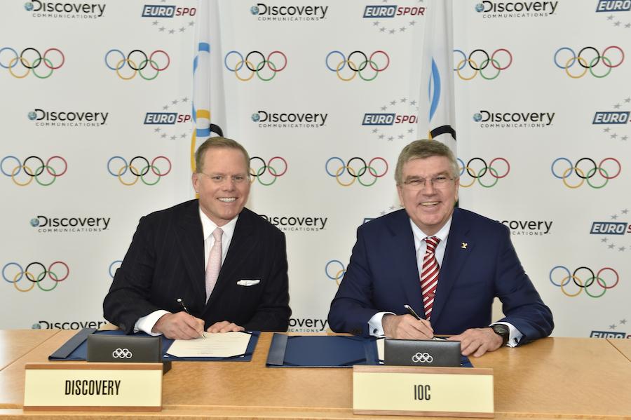 David Zaslav and IOC President Thomas Bach. Credit: IOC Christophe Moratal